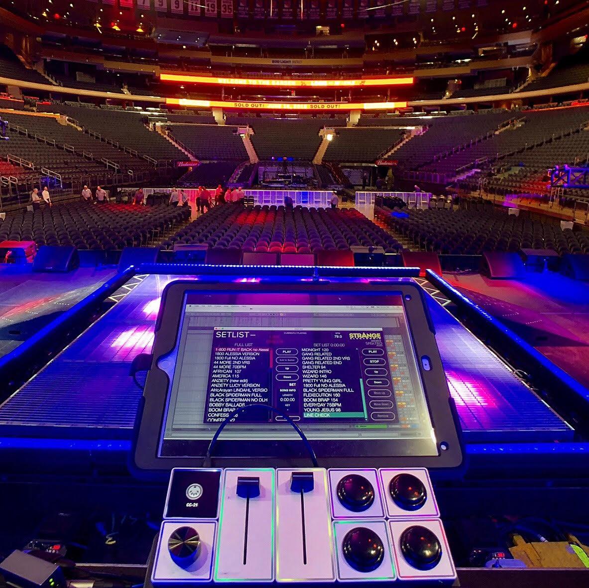 Setlist on tour with Logic.