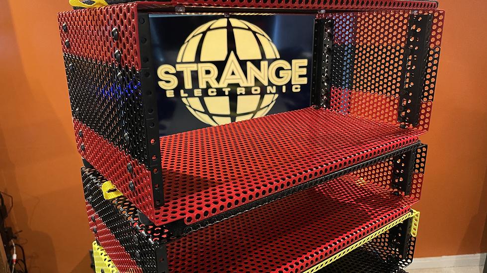 4U Strange Rack & Check-In Case
