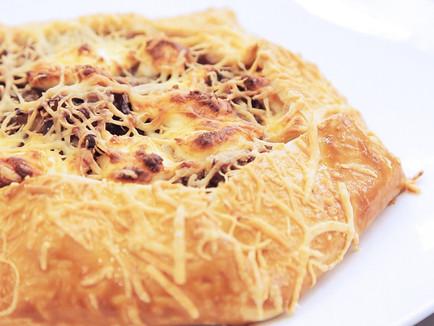 Torta Rústica de Cebola e Queijo
