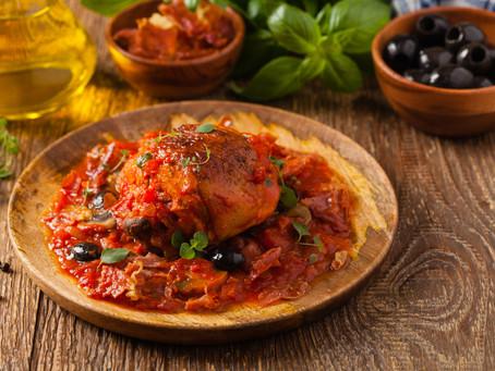 Italian Hunter Style Chicken in Tomato Sauce (Chicken Cacciatore)