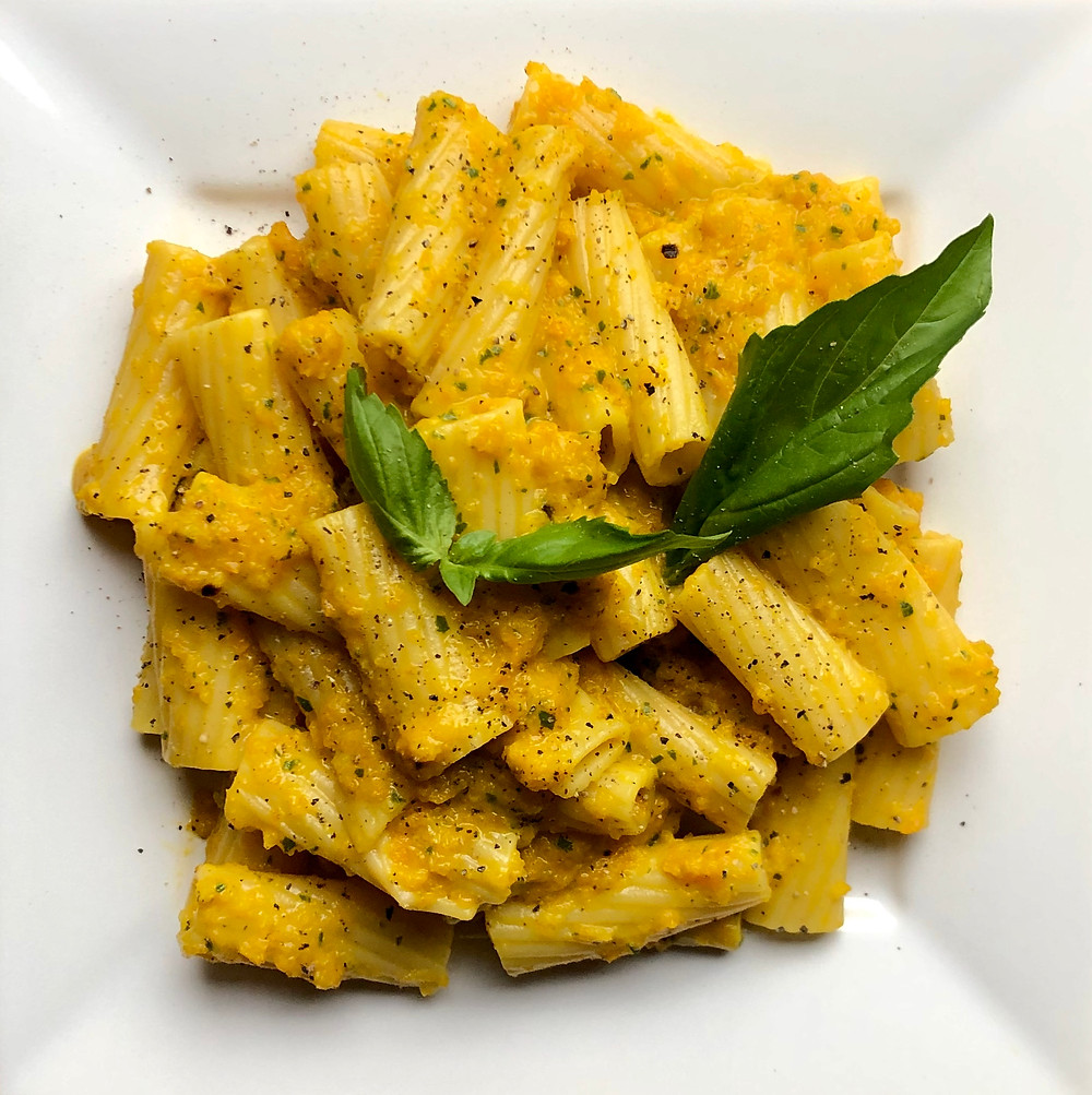 Rigatoni with roasted Pepper Sauce , Vegan
