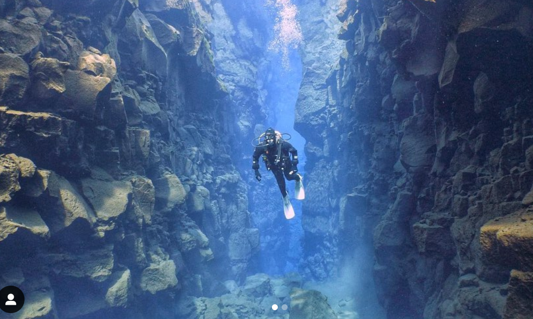 Sarah Diving the Silfra