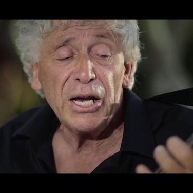 Dicitencello vuje - Mario Bindi chitarra e voce - Gaetano Piscopo mandolino