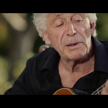 Guaglione - Voce e chitarra Mario Bindi - mandolino Gaetano Piscopo