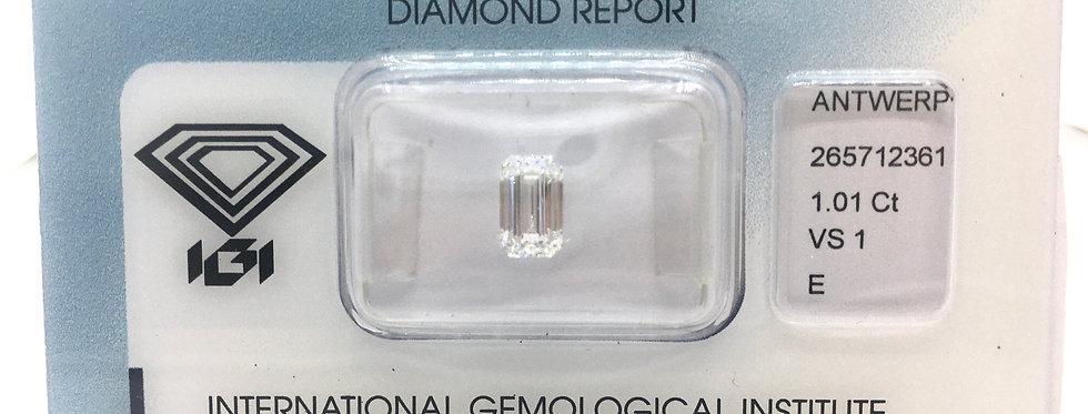 Emerald 1.01ct E VS1 certified by IGI