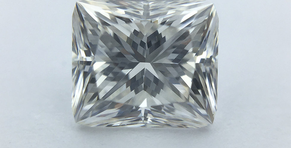 Princess 0.81ct H VS1 certified by IGI