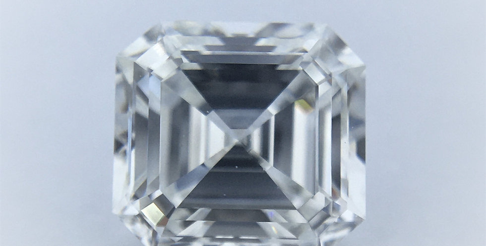 Square Emerald / Asscher 1.01ct F VVS1 certified by IGI