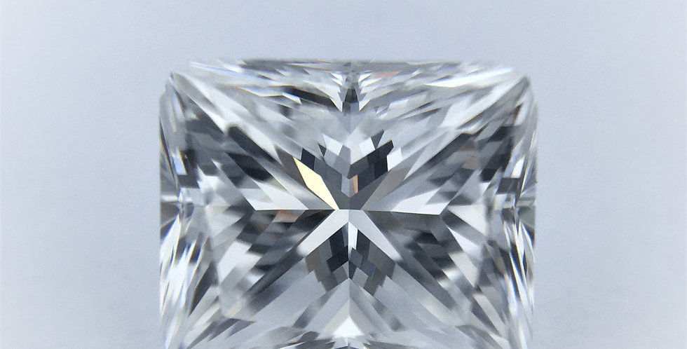 Princess 1ct E IF certified by GIA