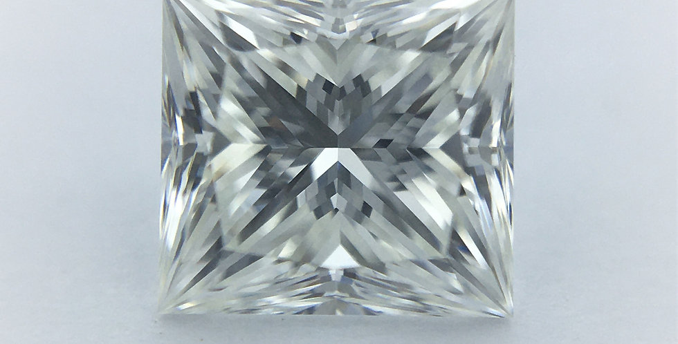 Princess 0.84ct G VVS2 certified by IGI