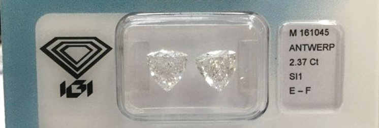 Trilliant Couple 2.37ct F SI1 certified by IGI