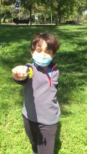 video Dylan saliendo a la calle.mp4