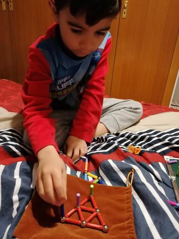 Juan Carlos 5 años(1).jpg