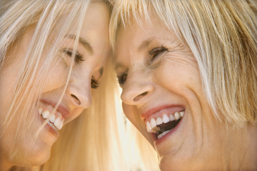 LuckyOliver-1446902-small-mom-and-daughter-laughing