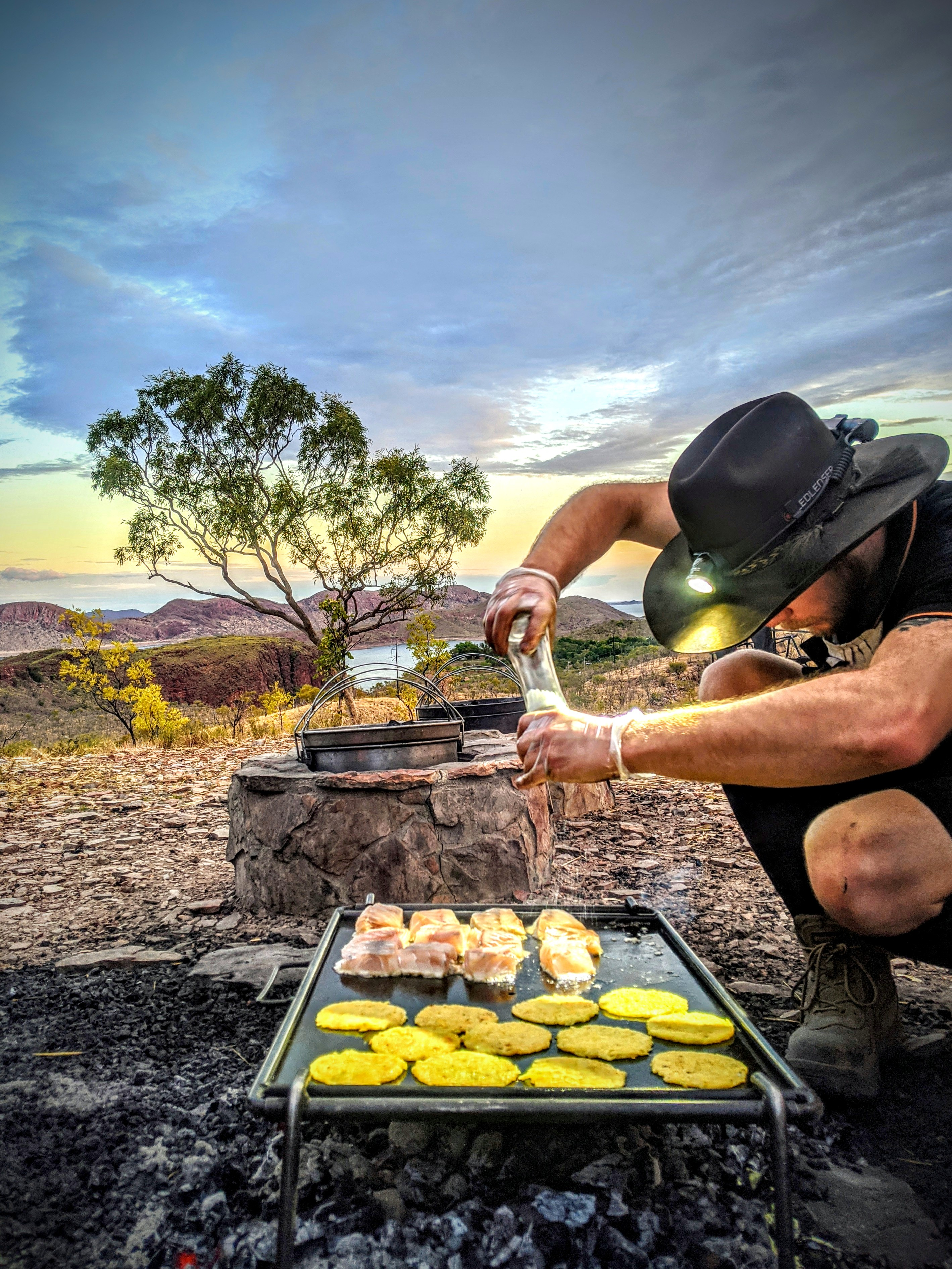 COOKING OVER THE COALS - LAKE ARGYLE CAM