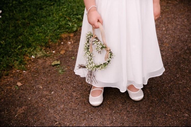 Gypsophila heart. flower girl. bridesmaids.