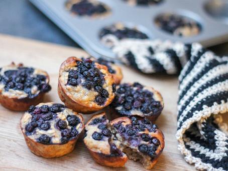Morgenmuffins med blåbær og banan