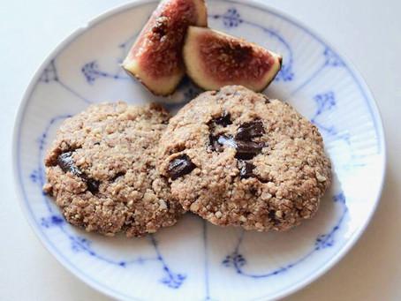 Sunde cookies med peanutbutter og mørk chokolade