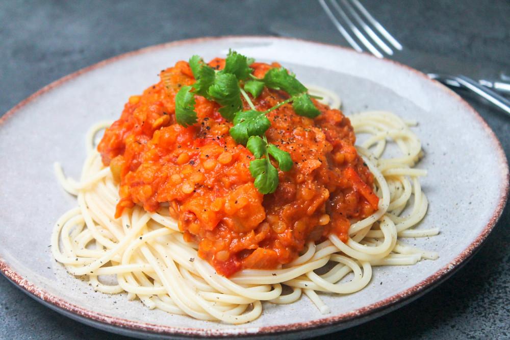 kødsovs, vegansk, linser, linsebolognese, pasta, spaghetti, vegan