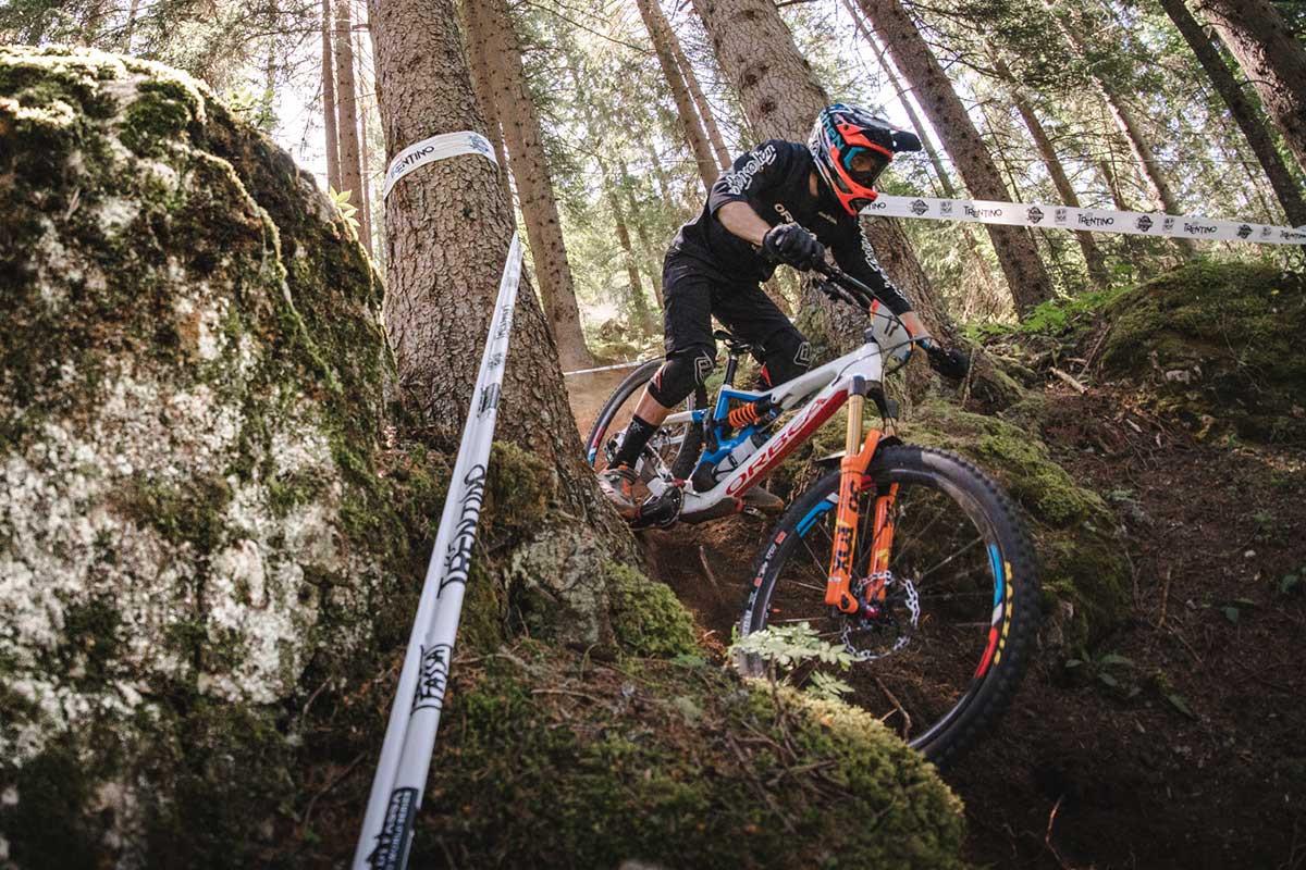 2020-Orbea-Rallon-enduro-mountain-bike-1