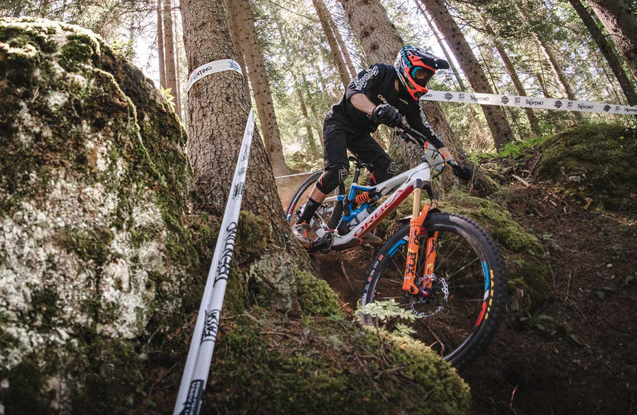2020-Orbea-Rallon-enduro-mountain-bike-1