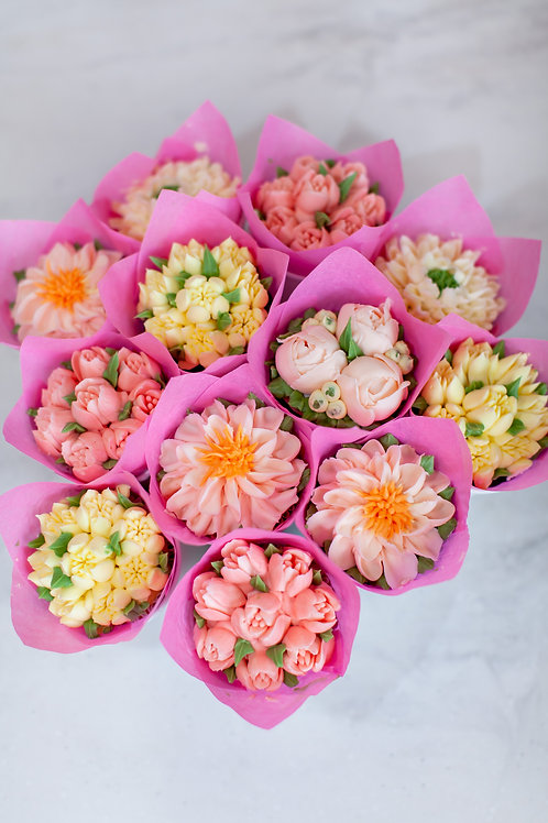 Sweet Blooms by The Art of Cake