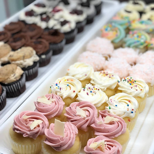 12 Pack Assorted Mini Cupcakes