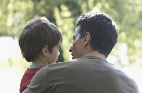 Определение места жительства ребенка с отцом.