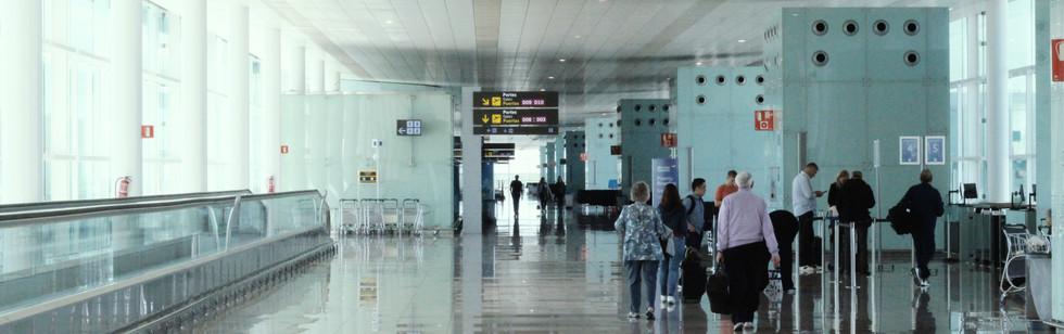 Barcelona Airport (1).jpg