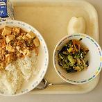 school-lunch-1734646_1280.jpg