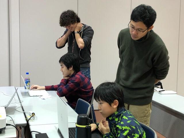 【まちの先生プロジェクト〜プログラマーから学ぼう 応用編〜 やってます!】