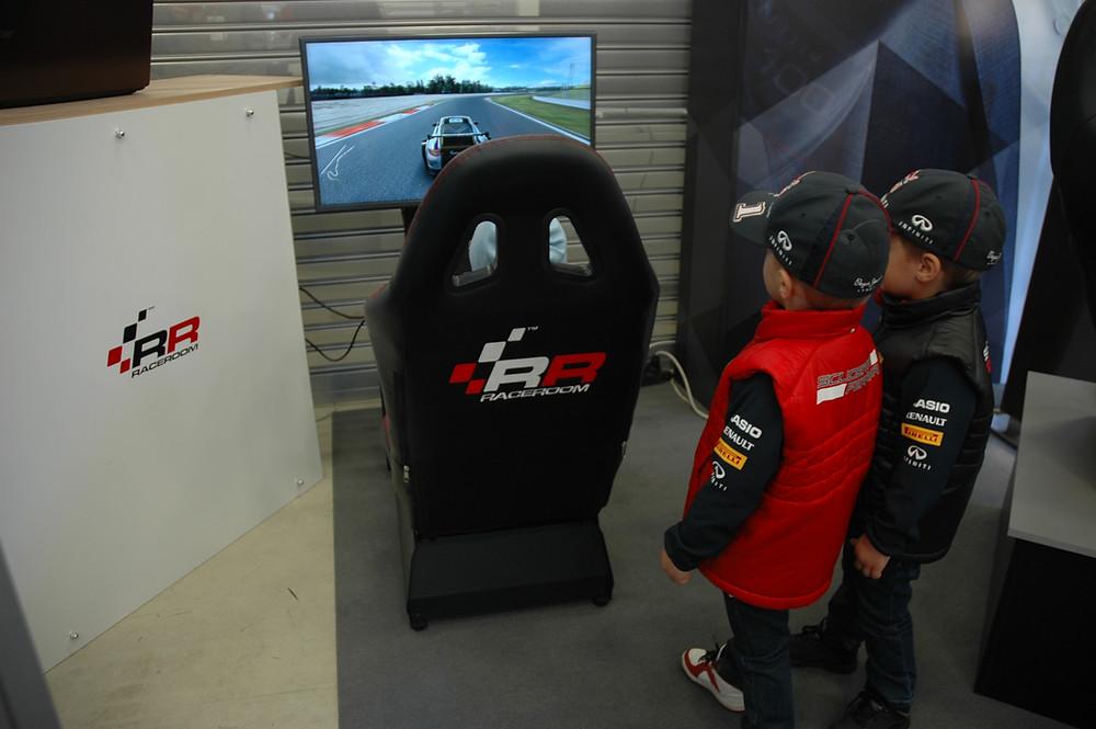 #Porsche #PorscheFestival #PorscheFest #RaceRoom #гонки #автоспорт