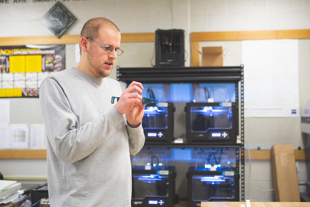 Greg Harriman Vermont shop teacher 3D prints face shields