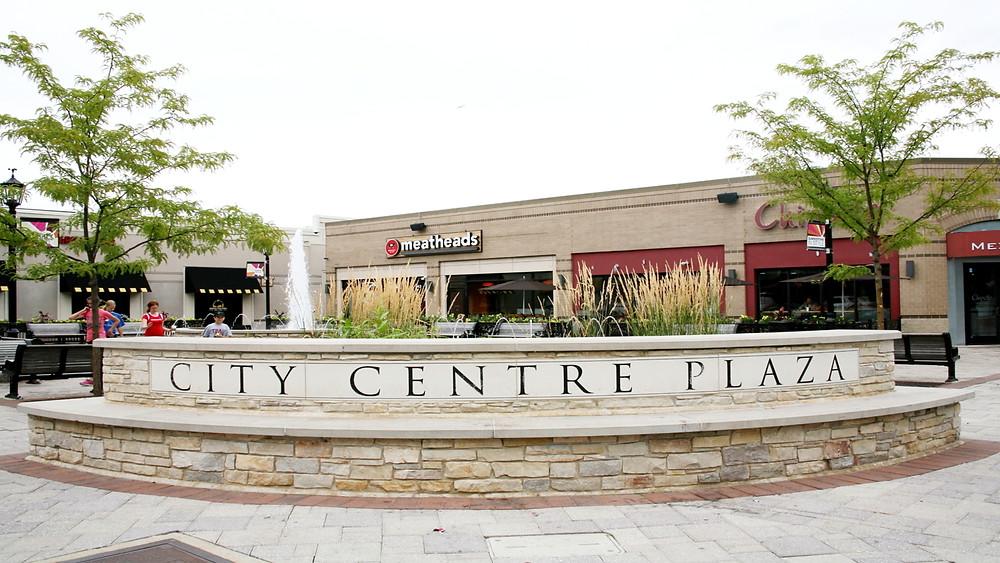 Matthew Scott loves City Centre Plaza Elmhurst, IL