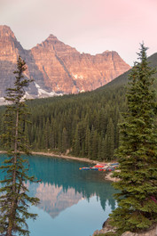 Lake Moraine Tranquil