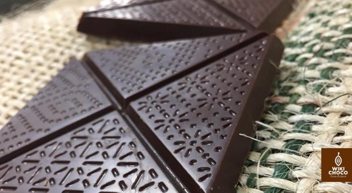 cuidadoso detalle de las tabletas de Chocolte de utopick