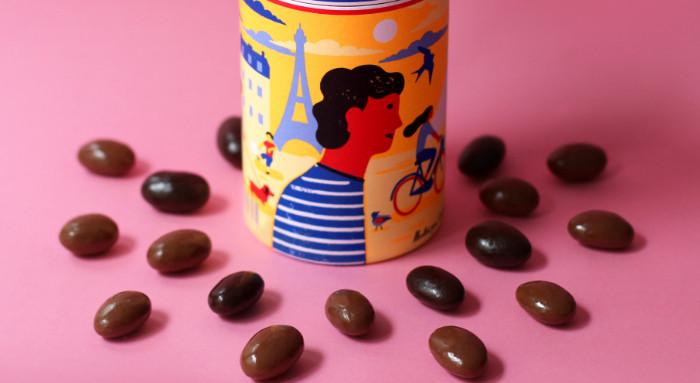 frutos secos cubiertos de chocolate de la empresa le chocolat des français