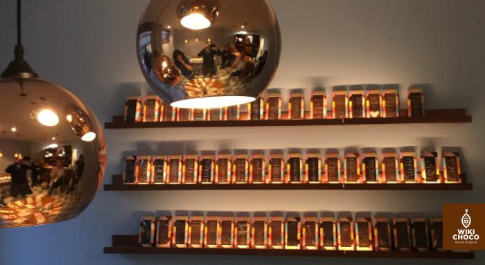 Interior de la tienda Utopick en valencia decoración y Chocolate