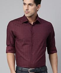 Louis Phillippe Men Burgundy & Black Regular Fit Checked Shirt