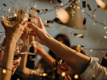 5 Easy Homemade Cocktail Recipes For New Year's Eve
