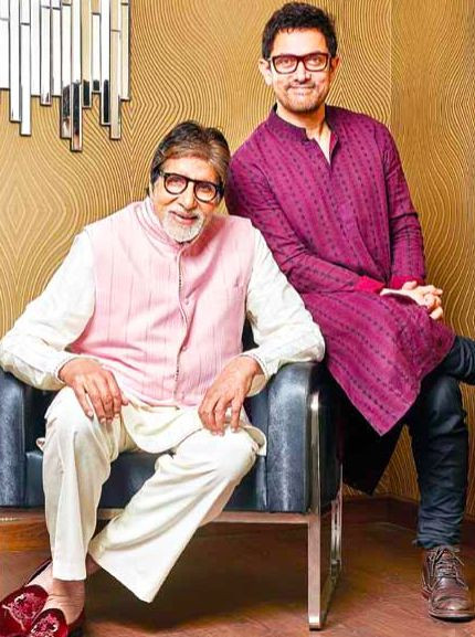 Amitabh Bachhan and Aamir Khan in Pink outfits