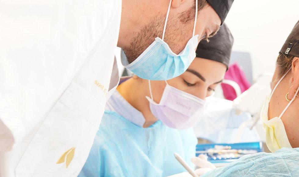 master en periodoncia.jpg