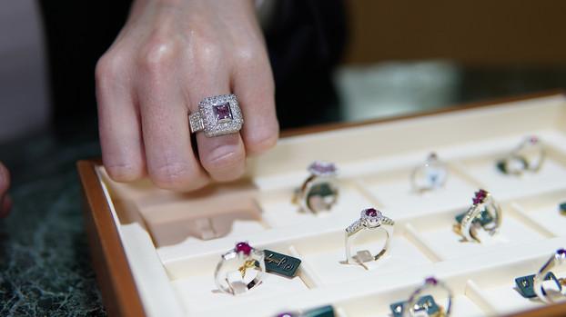 javaloyes anillos.jpg