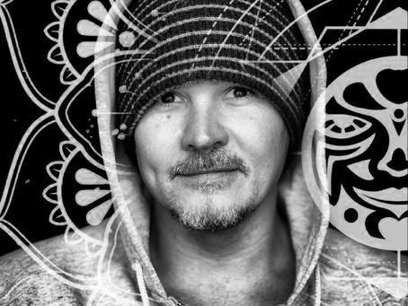 USM Presents: Sean Dimitrie Dec. 2020 DJMix & Artist Chart Available on Traxsource