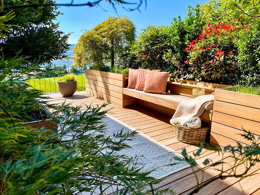 magnolia-outdoors-onlineshop-pflanzgefässe-outdoor-teppich-kissen-rattan-atelier-vierkant-