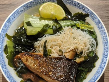 Hearty noodle soup (low carb)