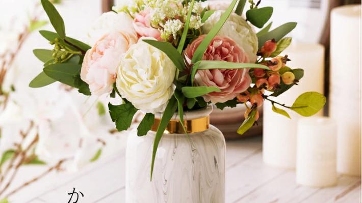 どんな花にも似合うかびん!Mサイズ 花瓶 おしゃれ 花瓶 陶器 花瓶 一輪挿し かびん 北欧 かびん フラワーベース 花器 白 ゴールド 柱型 マーブル 大理石