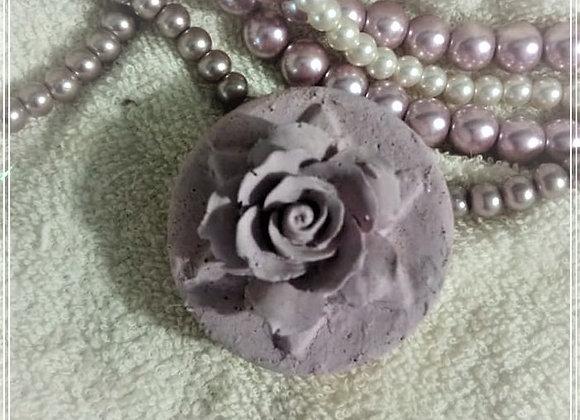 Round Rose 1