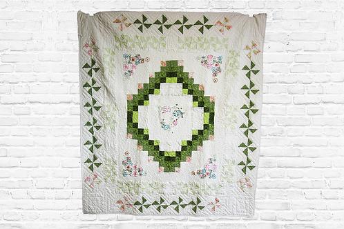 "My Heart in Bloom 72""x65"" Premium Quilt Kit"