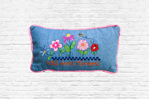 Wild About Flowers Pillow Fun Premium Kit