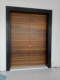 Solid Double Leaf Decorative Door